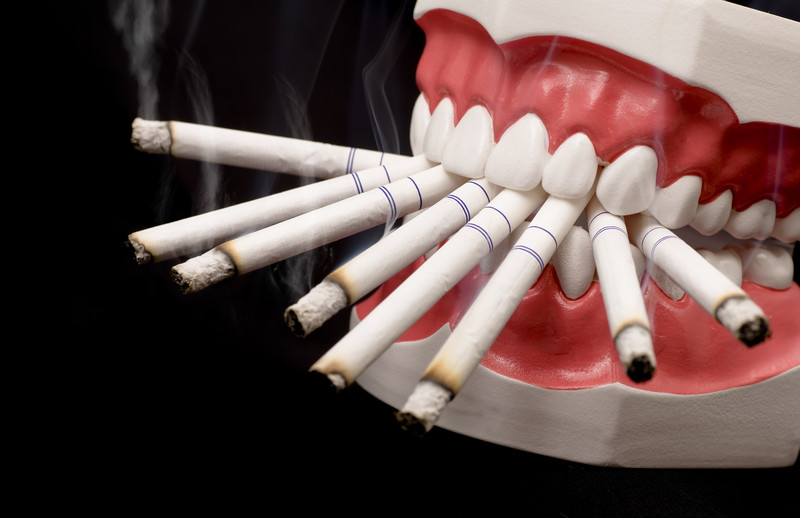 smoking-is-injurious-to-your-teeth-malaysia